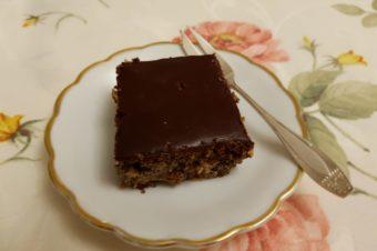 Ciasto makowe z polewą czekoladową